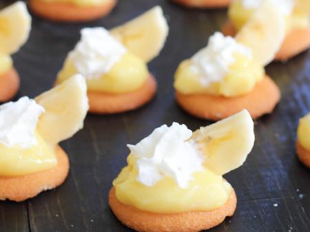 Banana Cream Bites. Quick and easy snack recipe. highheelsandgrills.com