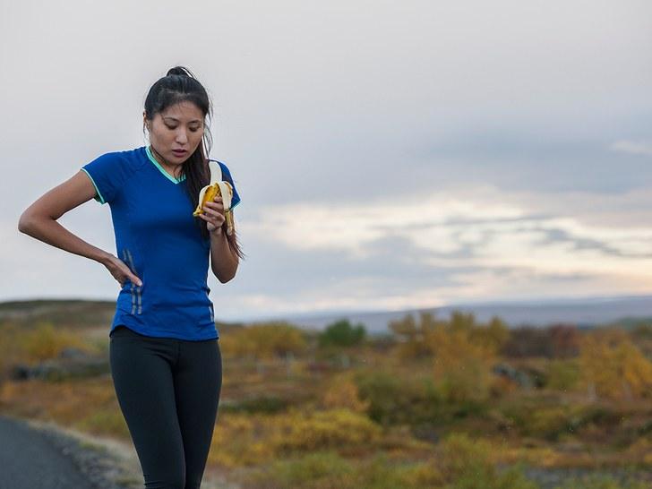 runner-eats-post-workout